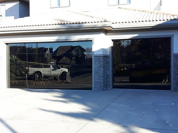 Luminous Garage Doors 8450 Modern Glass Garage Door 01