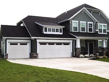 Designer Fiberglass 8500 garage door